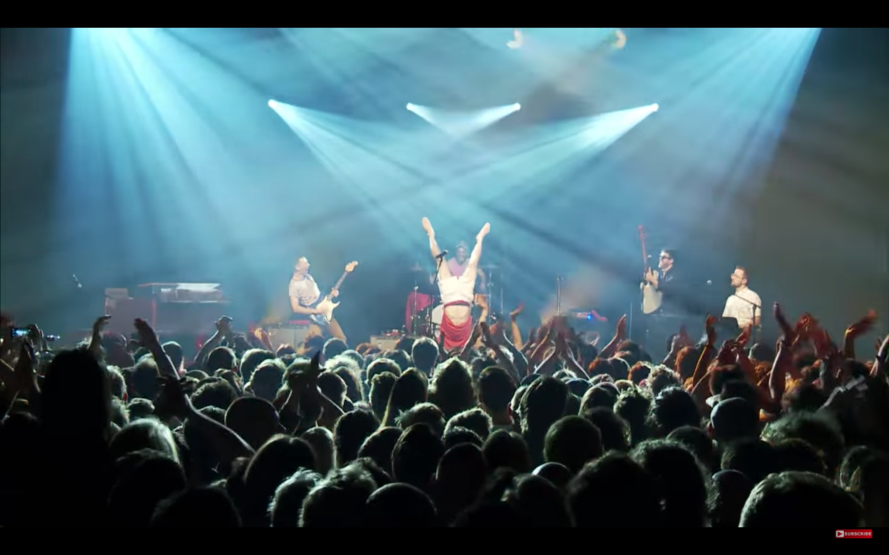 Vulfpeck's Funky Live Show Will Salvage Christmas Day with Your Family