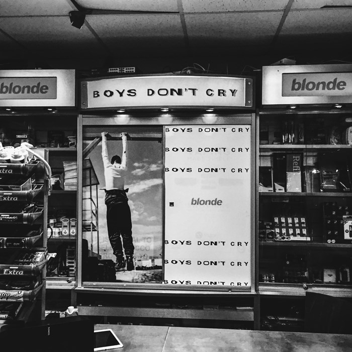 blonde popup shop