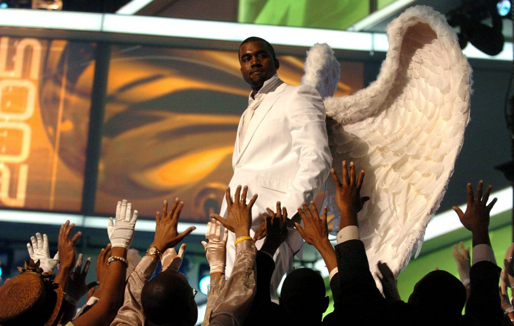 Kanye Angel Wings 2005 GRAMMYs