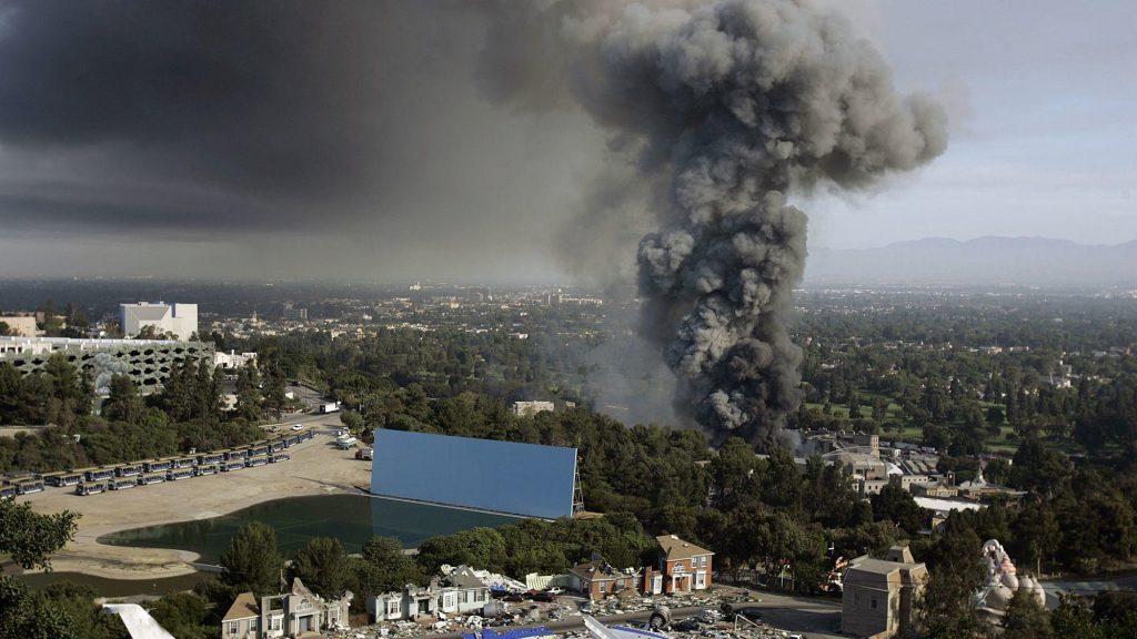 2008 Universal Fire, Plume, Landscape, up in smoke