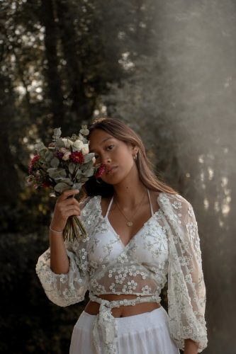 Lousia Laos, Promotional Photo, seventeen minutes